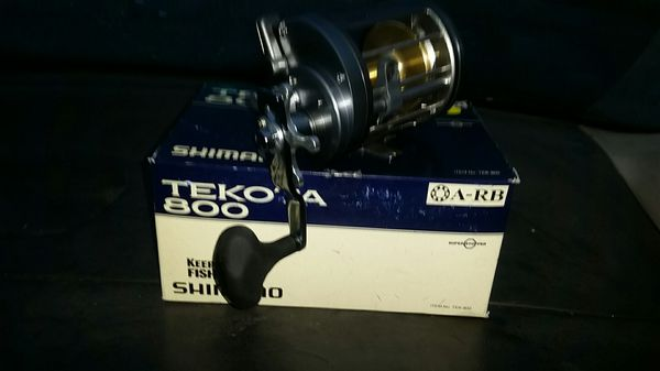 Shamano Tekota 800 fishing reel NEW
