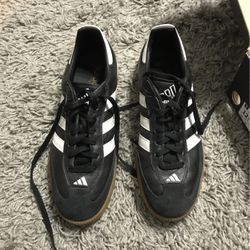 Men's Adidas Indoor soccer shoes size 12.5 for Sale in San Angelo,  TX