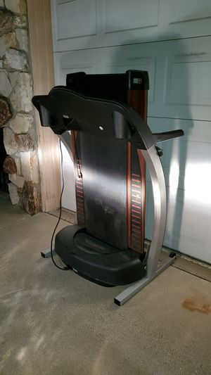 Proform 795 SL treadmill pro form 795sl nordictrack for Sale in HUNTINGTN BCH, CA