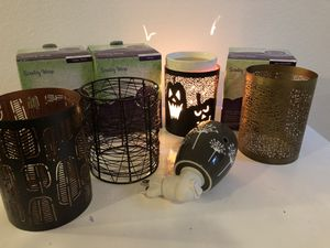 Scentsy Warmer with wraps for Sale in Tacoma, WA