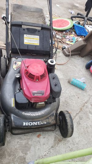 Honda lawnmower commercial 216 for Sale in Santa Ana, CA