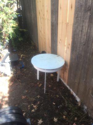 Side table for Sale in Lemon Grove, CA