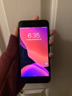 iphone 7 plus (PERFECT CONDITION!) for Sale in Littleton, CO