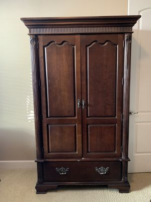 Bernhardt Armoire for Sale in Brentwood, CA