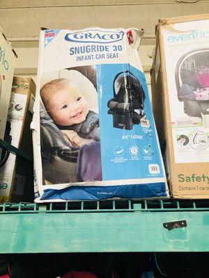 Graco infant car seats for Sale in Las Vegas, NV