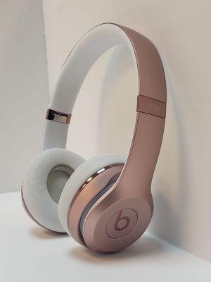Beats solo 3 wireless earphones work perfect 100% for Sale in Miami, FL