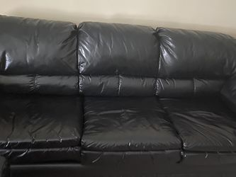 3 Seater Sofa for Sale in Shrewsbury,  MA