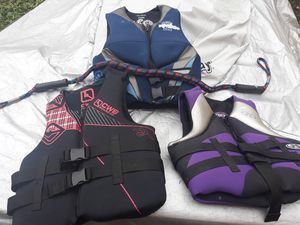 LIFE JACKET SET OF 3 (1 can go for $67 on Ebay; see last pic) PREMIUM BRANDS N EXCELLENT CONDITION w/ elastic tow/wristband strap included for Sale in Plainfield, IN