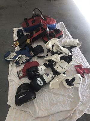 Kick bag, punching pads, protective gear for Sale in El Monte, CA