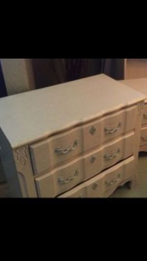 Small dresser for Sale in Denver, CO