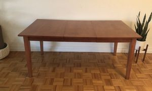 Wooden Living/ Dining Room Table for Sale in New York, NY