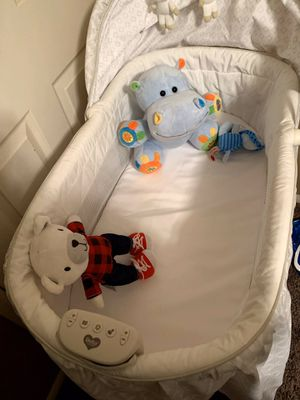 Bassinet for Sale in Raytown, MO