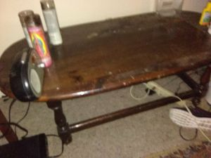 Round coffee table 15$ for Sale in Salt Lake City, UT