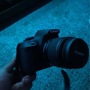 Canon Eos Rebel T7 for Sale in Fontana, CA