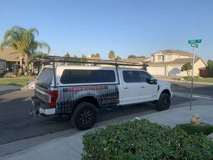 Leer camper and ladder rack for Sale in Wildomar, CA