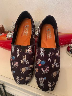 Sketchers Bobs woman's slip on shoes puppies dogs for Sale in Las Vegas, NV