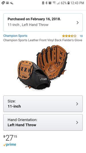 Champion sports- baseball catcher's glove for Sale in Tampa, FL