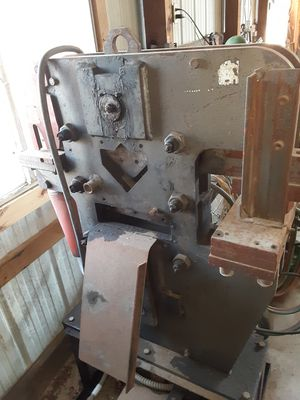 Iron worker punch shear nipper for Sale in Tulsa, OK