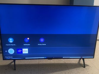 "Samsung 43"" Class TU7000 Series Crystal UHD 4K Smart TV (UN43TU7000FXZA, 2020 Model) for Sale in Brooklyn,  NY"