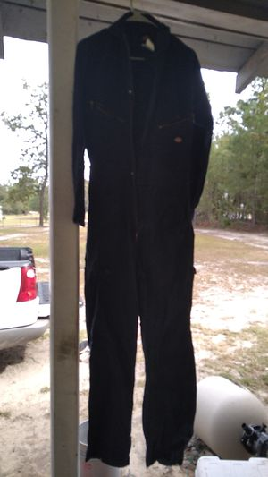 Suit like u wear under clothes use it work on cars or wear like u want for Sale in Saint Pauls, NC