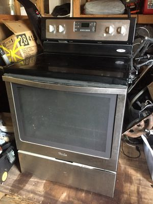 Whirlpool stainless steel oven / stove for Sale in Hillsboro Beach, FL