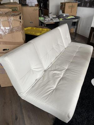 White leather convertible futon for Sale in San Diego, CA