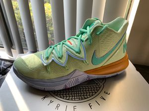 """Nike Kyrie 5 Spongebob Collection """"Squidward"""" for Sale in Long Beach, CA"""