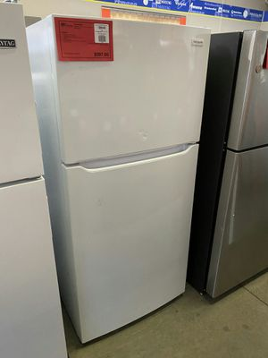 New Frigidaire White 18 CuFt Top Freezer Refrigerator..1 Year Manufacturer Warranty Included for Sale in Gilbert, AZ