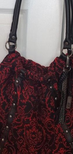 VANS RED AND BLACK PAISLEY FABRIC HOBO STYLE PURSE. for Sale in Ontario,  CA