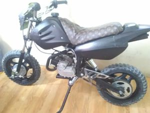 50cc dirt bike new parts new brakes and motor no problems at all for Sale in Las Vegas, NV