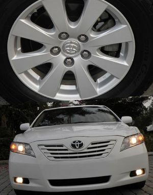 For Sale. 2009 Toyota Camry XLE Great Shape. FWDWheels for Sale in Sioux Falls, SD