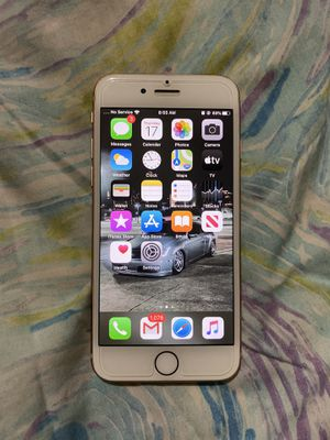 iPhone 8 Rose Gold 64GB for Sale in Riverdale, GA