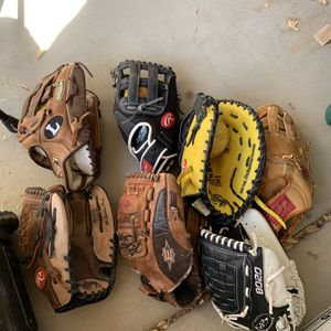 Baseball / Softball Gloves for Sale in Maricopa, AZ