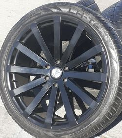 "24"" Chevy Silverado Tahoe Wheels & Tires GMC Sierra Yukon Rims Rines Good-Condition setof4 for Sale in Los Angeles,  CA"
