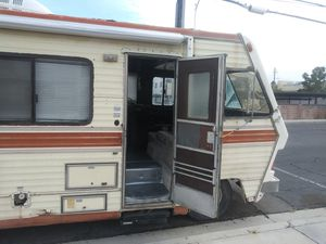 Suncrest RV 1985 GMC 7.4 LITER MOTOR for Sale in Las Vegas, NV