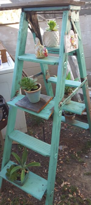 Plant Ladder for Sale in Fowler, CA