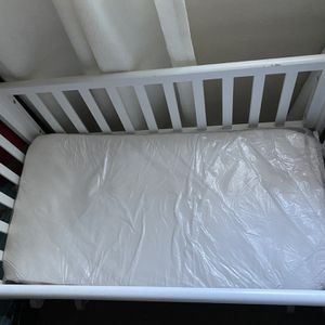Baby Crib for Sale in Woodside, CA