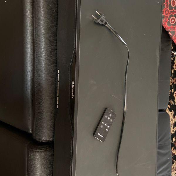 Klipsch SB120 Sound Bar With Remote $25