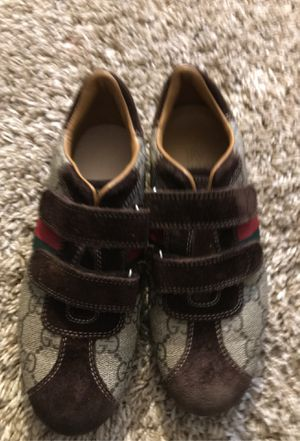 Gucci shoes for boys size 2 for Sale in Belleville, IL