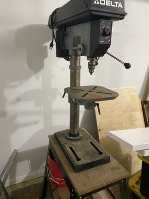 Delta 14-040 drill press for Sale in Elgin, IL