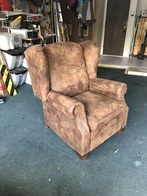 Reclining Chair for Sale in Austin, TX
