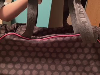 Under Armour Large Duffle Bag Women's for Sale in Athens,  AL