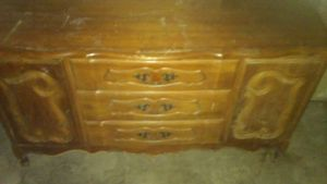 Dresser for Sale in Saint Joseph, MO