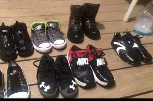 8 pairs Boys size 10-13 for Sale in Rougemont, NC