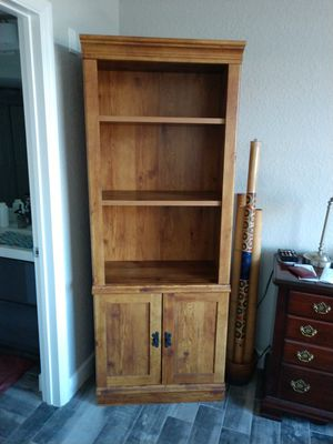 Bookcase for Sale in Orlando, FL