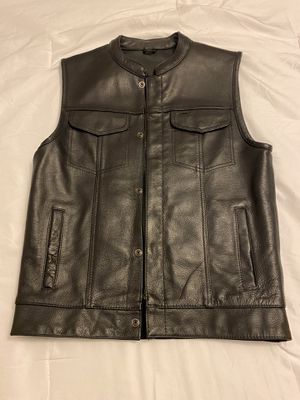 Street & Steel Motorcycle vest. Size: men small. Never used. Paid $150. Asking $85 for Sale in Fresno, CA