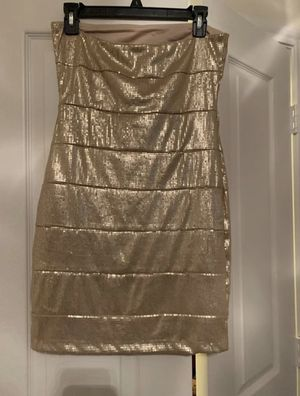 LIKE NEW BEAUTIFUL GOLD SEQUIN DRESS for Sale in West Lake Hills, TX