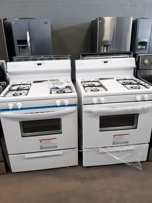Never used frigidaire gas stove at dnv wholesale for Sale in Lorton, VA