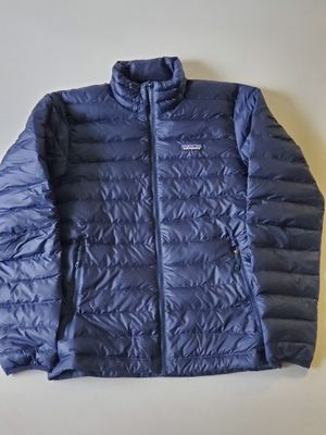 Patagonia Mens Down Sweater small for Sale in Seattle, WA