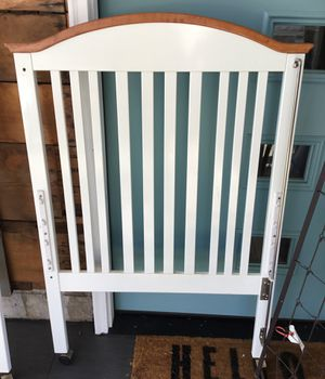 White Crib with Mattress for Sale in Portland, OR